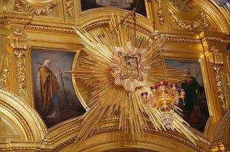 Интерьер Почаевской лавры