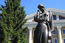 памятник Маруси Чурай